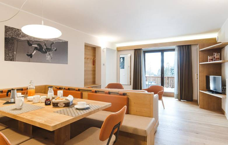 Superior three room apartment dedicated to michele bettega residence hotel langes san martino di castrozza